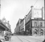 Rue Sainte-Catherine à l'angle du square Phillips, 26 mai 1921, VM98,SY,D2,P020
