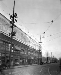 Rue Peel et Sainte-Catherine, 23 mars 1928, Photo de S.J. Hayward, VM98,SY,D2,P060