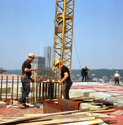 Construction de la Place Victoria, 1965, VM94-Ud19-016